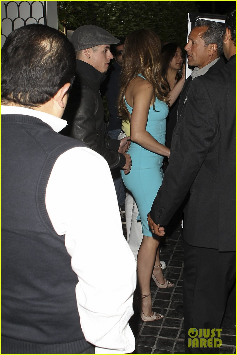 jennifer lopez casper smart birthday dinner 022646206