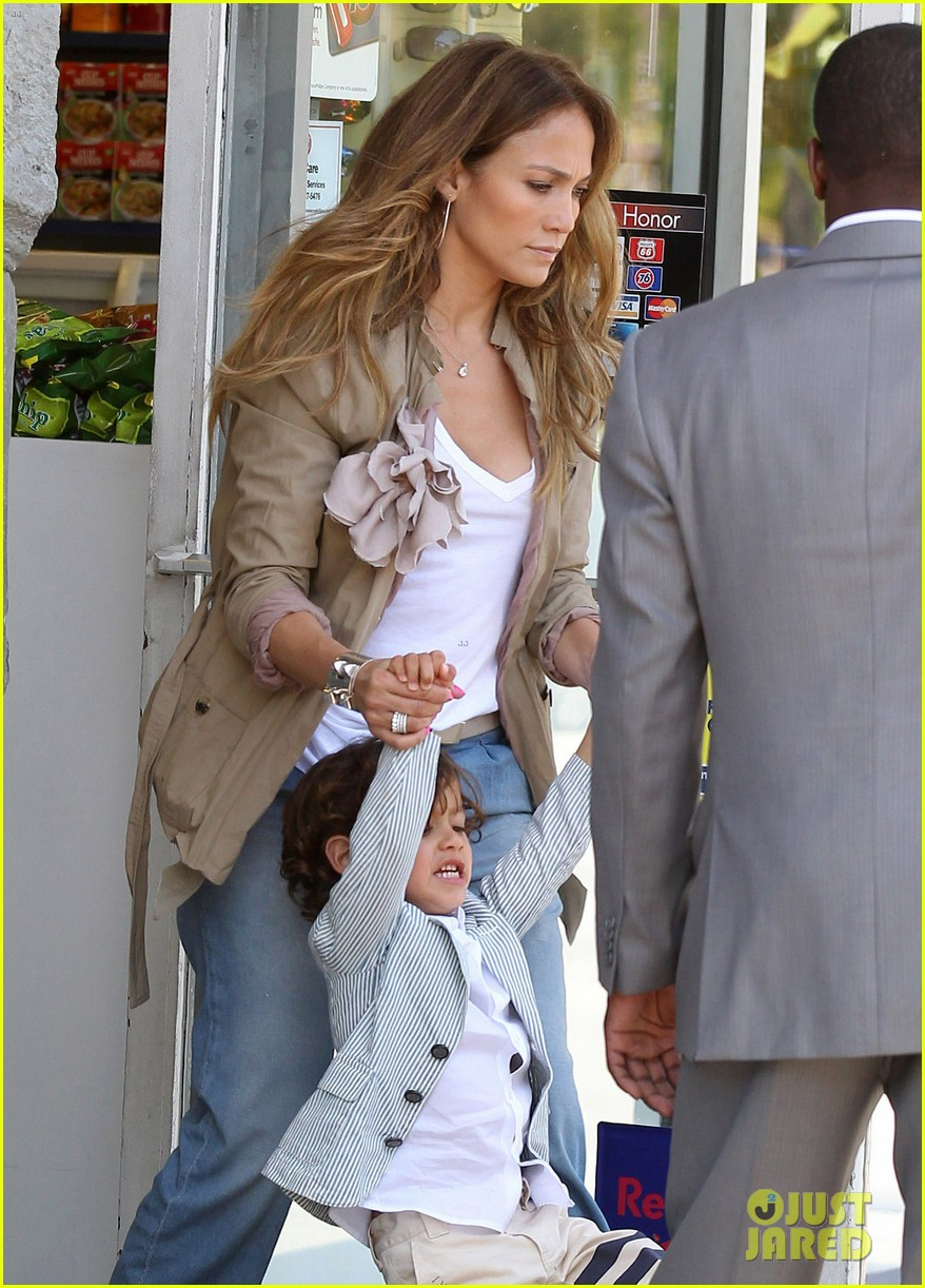 jennifer lopez and son 02