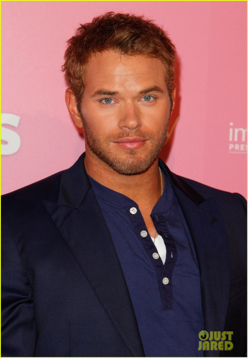 kim kardashian kellan lutz hot hollywood party 12