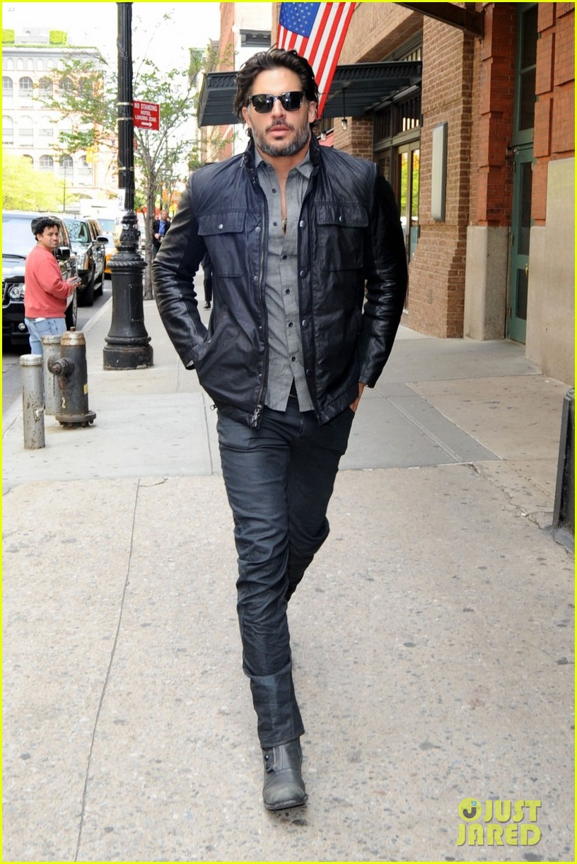 joe manganiello tribeca walk 10