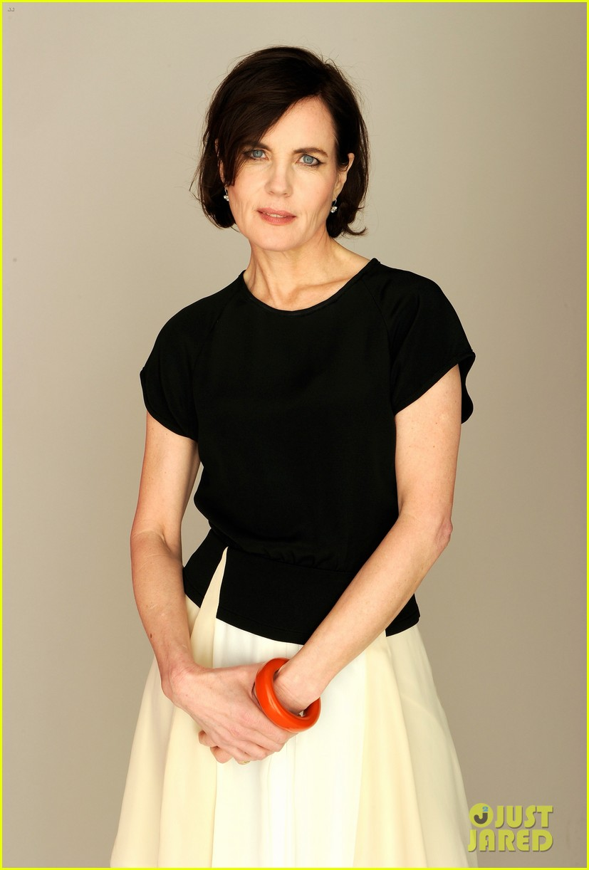 elizabeth mcgovern cheerful weather portrait 052651932