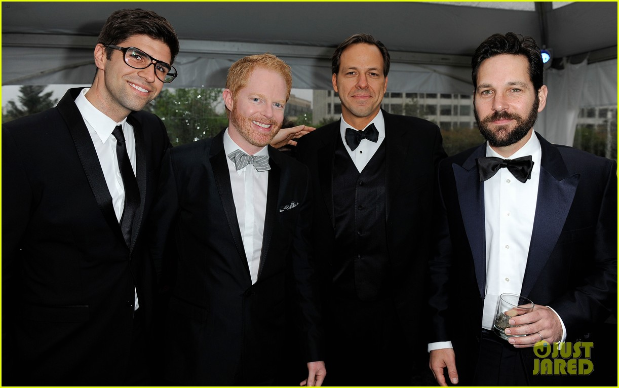 modern family men white house correspondents dinner 08