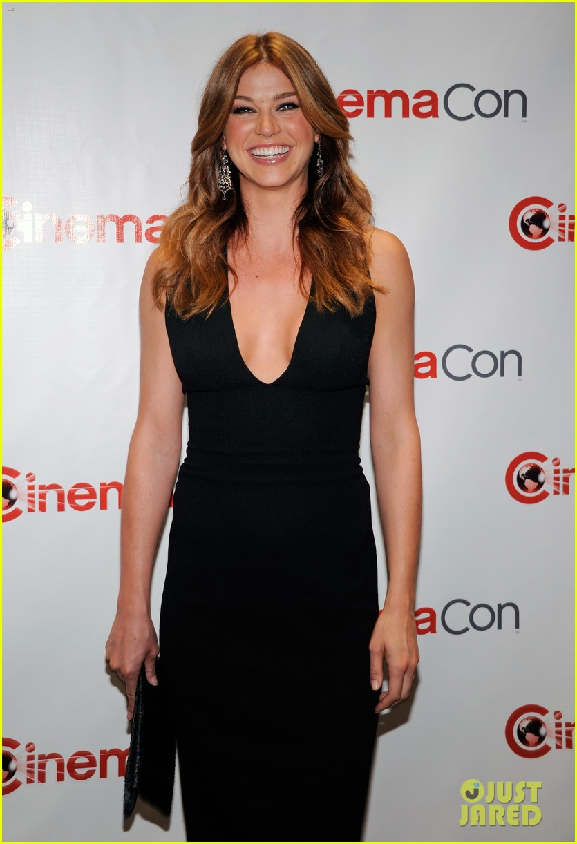 chris pine adrianne palicki cinemacon awards 2012 11