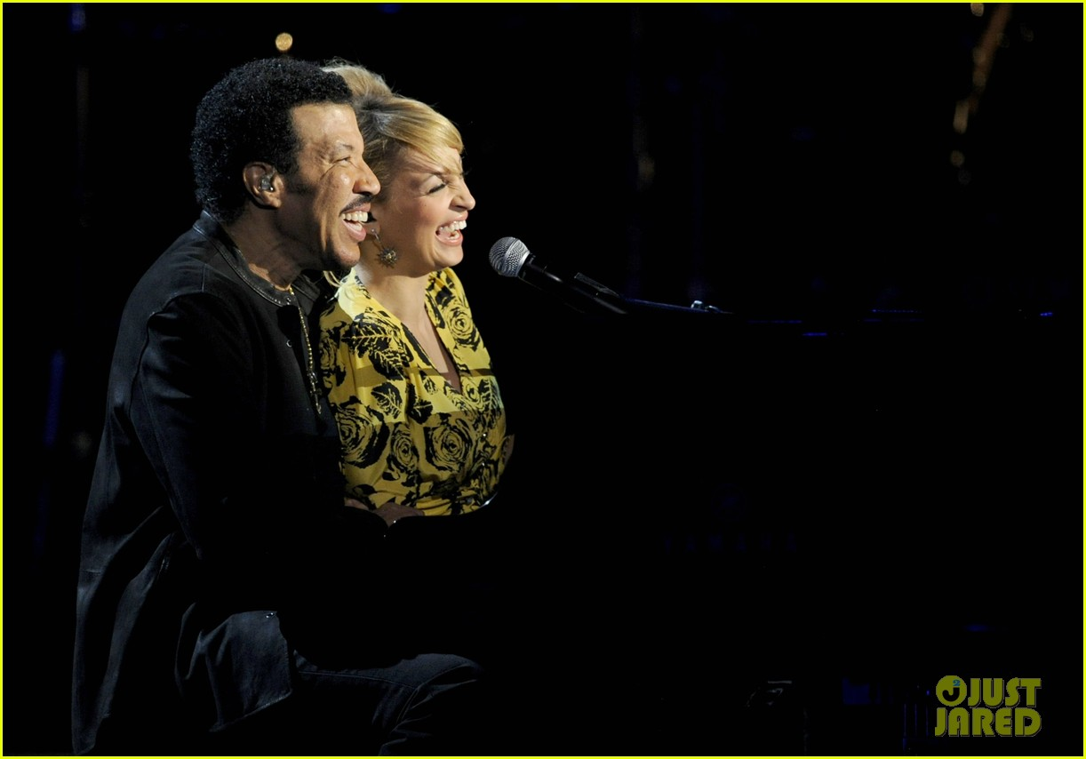 nicole richie lionel richie friends in concert 152644700
