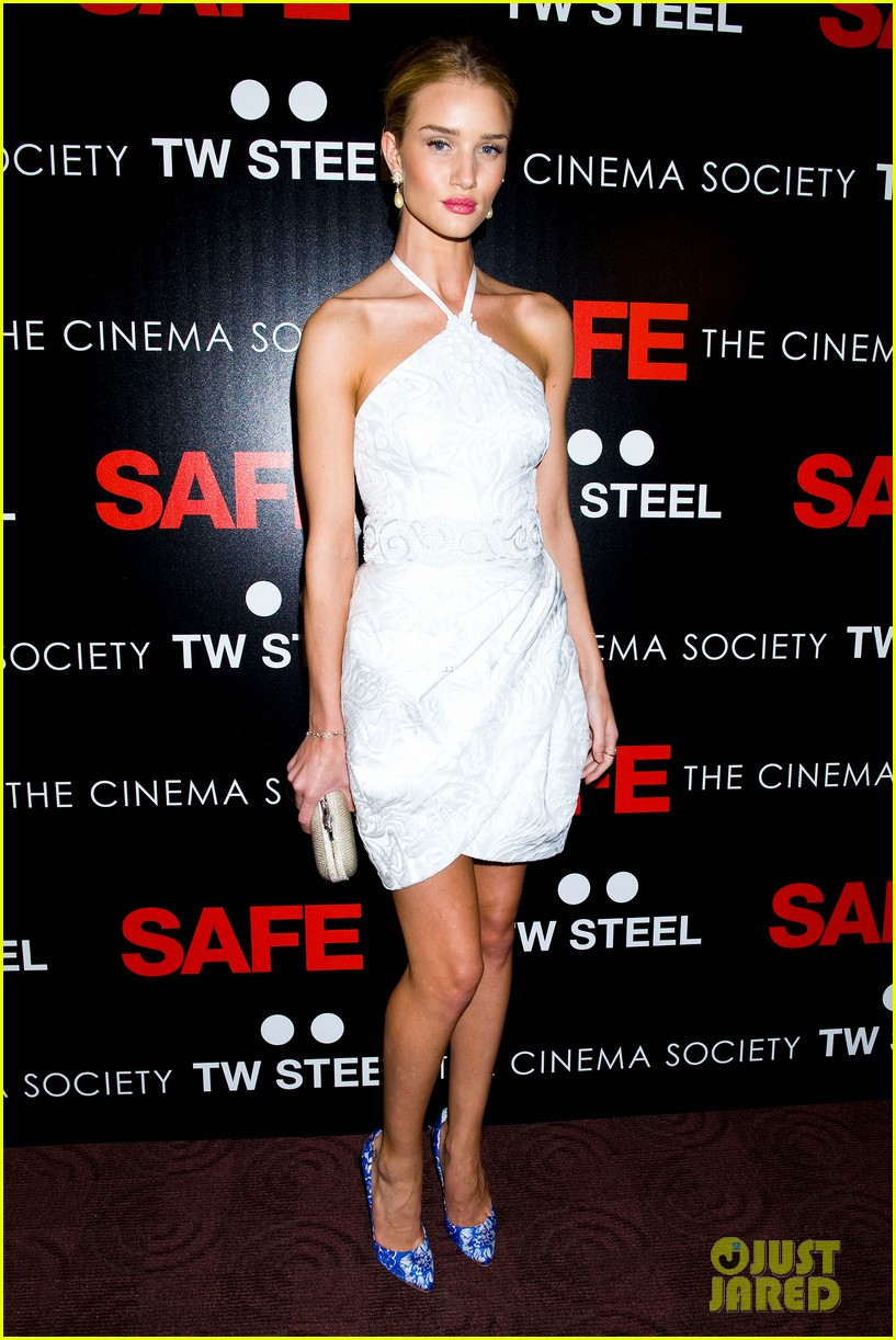 rosie huntington whiteley safe premiere jason statham 20