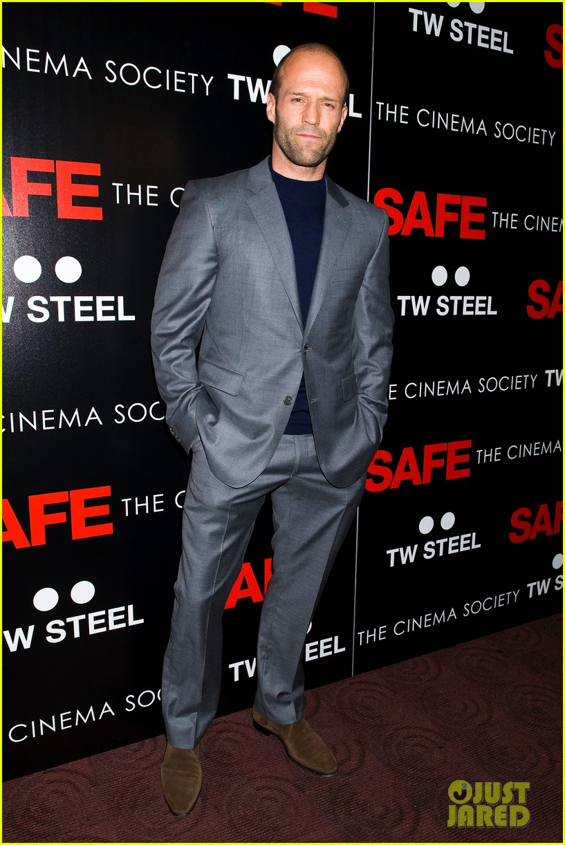 rosie huntington whiteley safe premiere jason statham 22