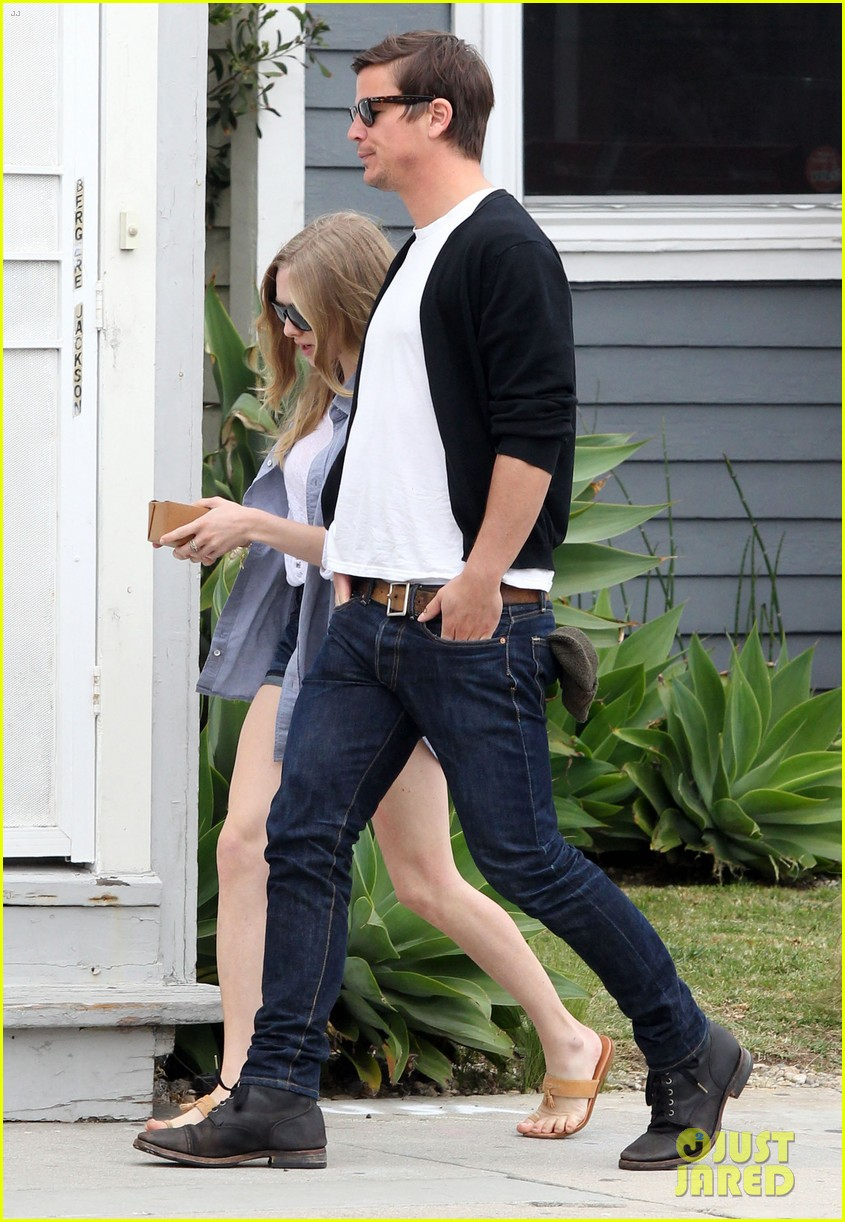 amanda seyfried josh hartnett wabi sabi lunch 07