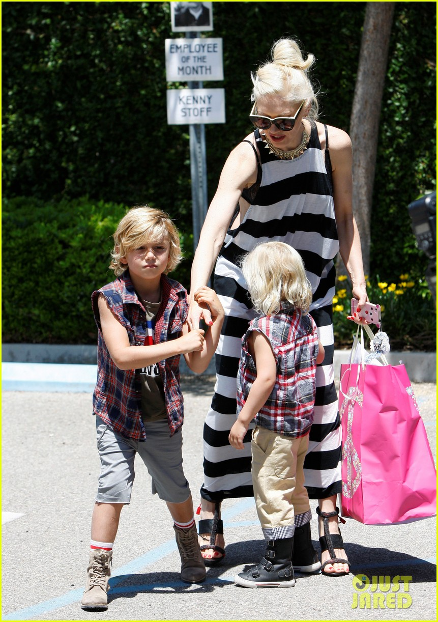 gwen stefani birthday party 07