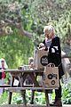 gwen stefani park and picnic 09