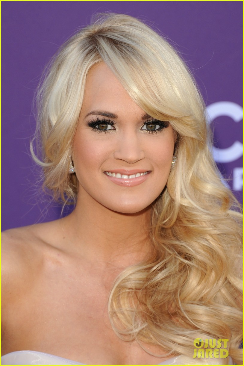 carrie underwood acm awards 03