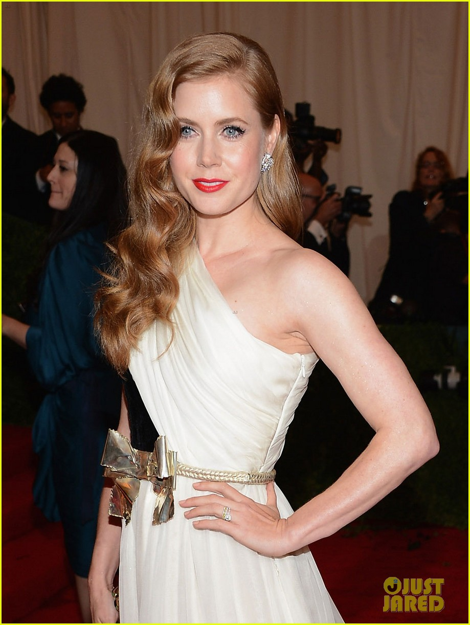 amy adams 2012 met ball 03