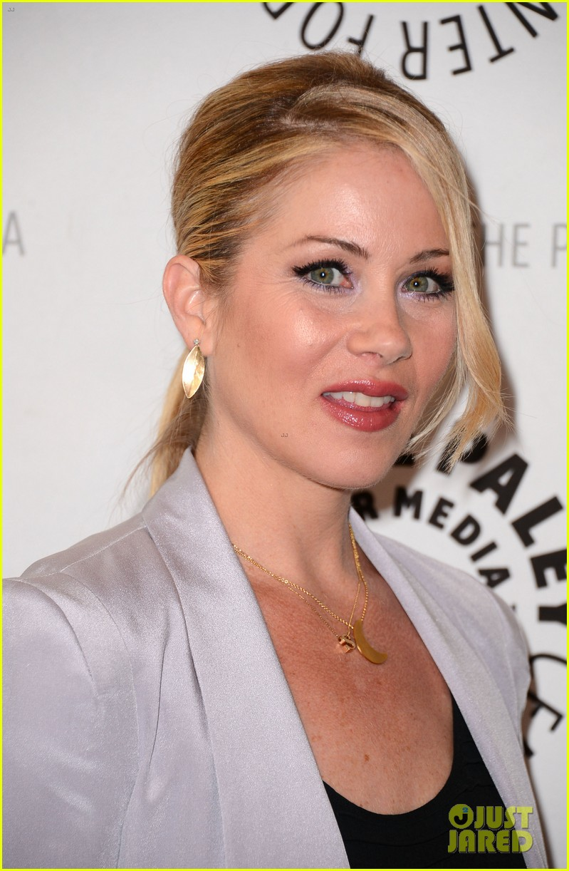 christina applegate maya rudolph up all night paley 022659520