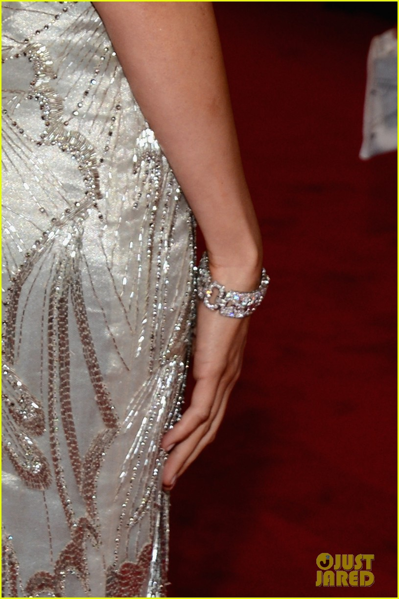 camilla belle 2012 met ball 04