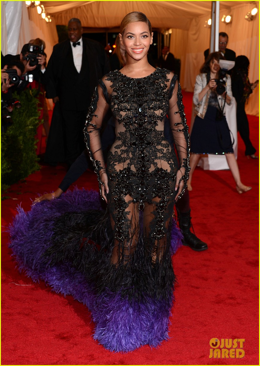 beyonce met ball 2012 10