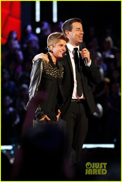 justin bieber performs boyfriend on the voice 03