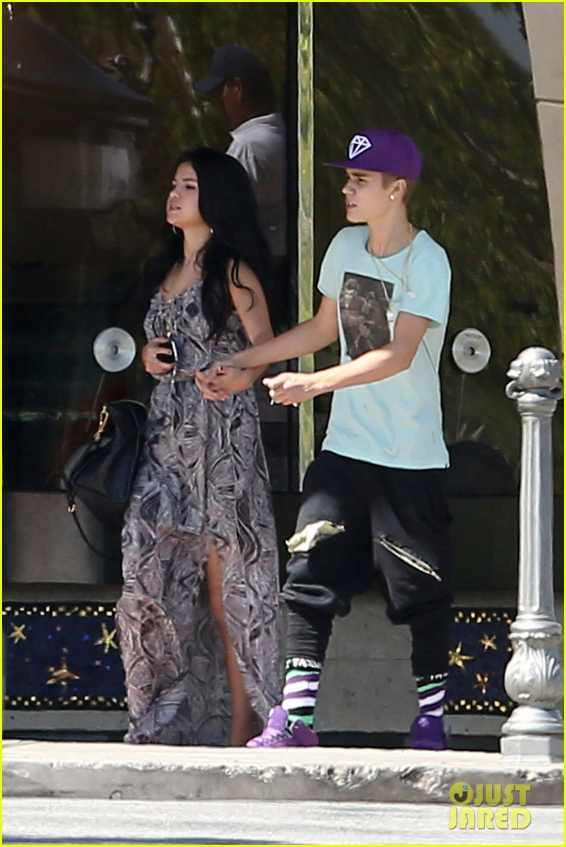 justin selena sunday movie 02