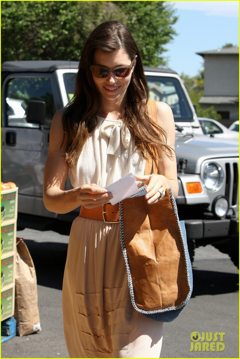 jessica biel grocery shopping 05