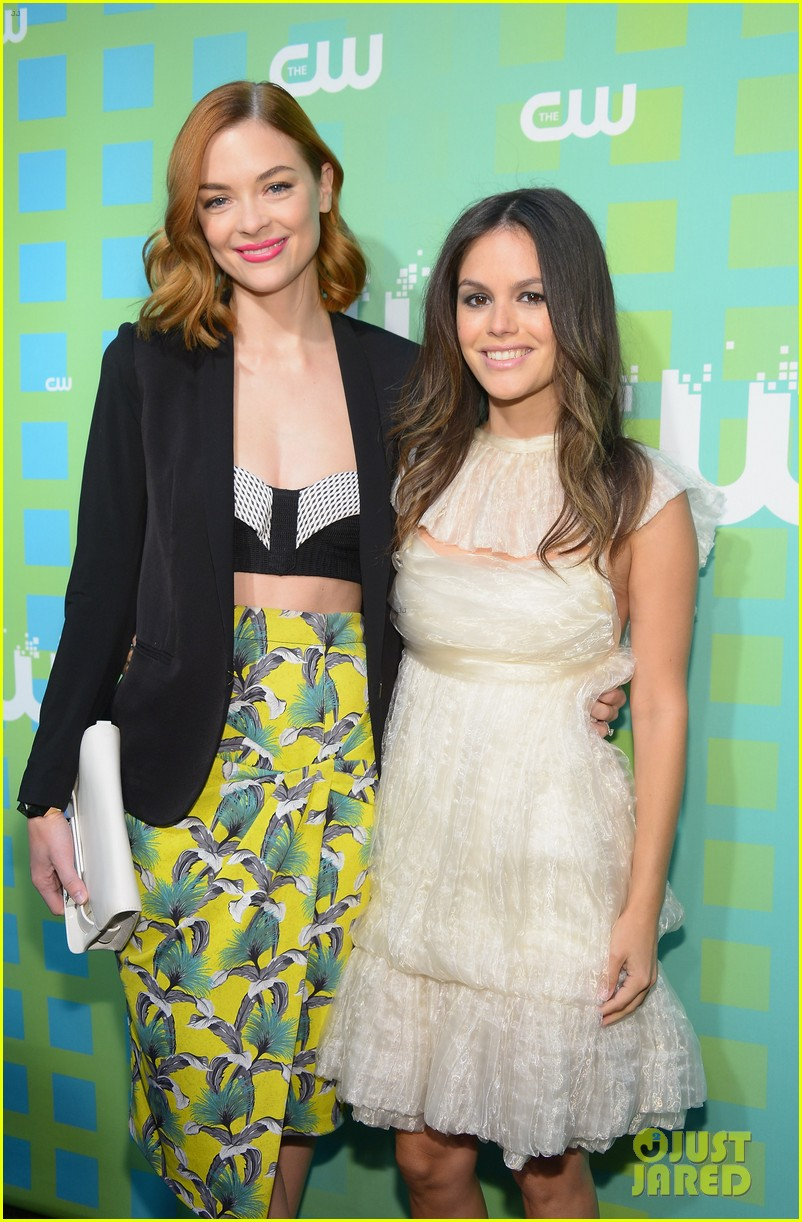 rachel bilson jaime king cw upfronts 01