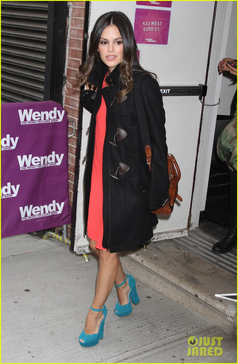 rachel bilson wendy williams show 03