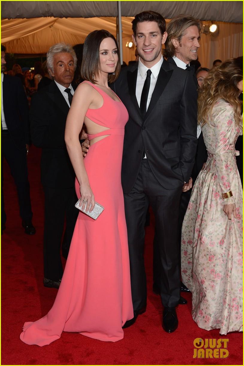 Emily Blunt Met Ball 2012 in Calvin Klein