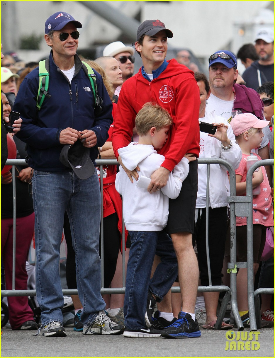 matt bomer revlon walk with simon halls son kit 062661148