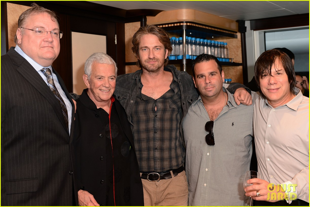 gerard butler motor city reception 08
