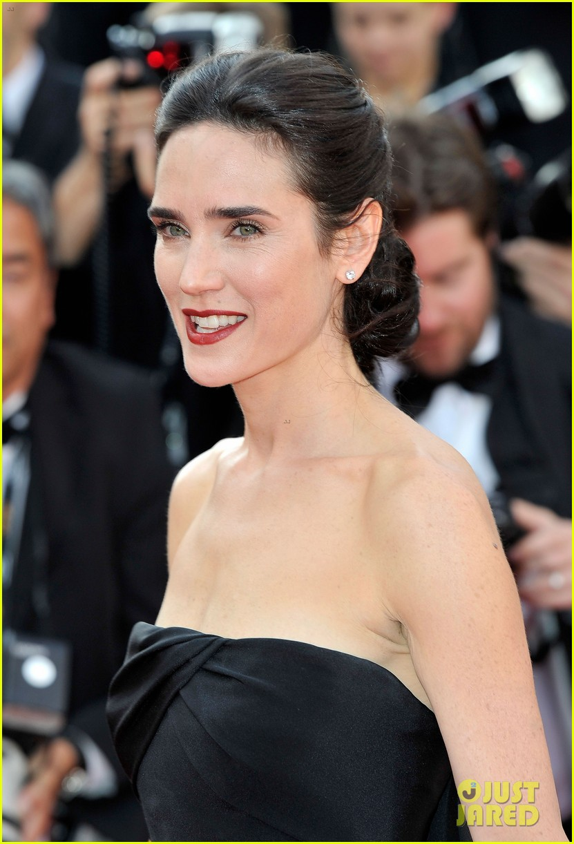 jennifer connelly once upon time cannes premiere 05