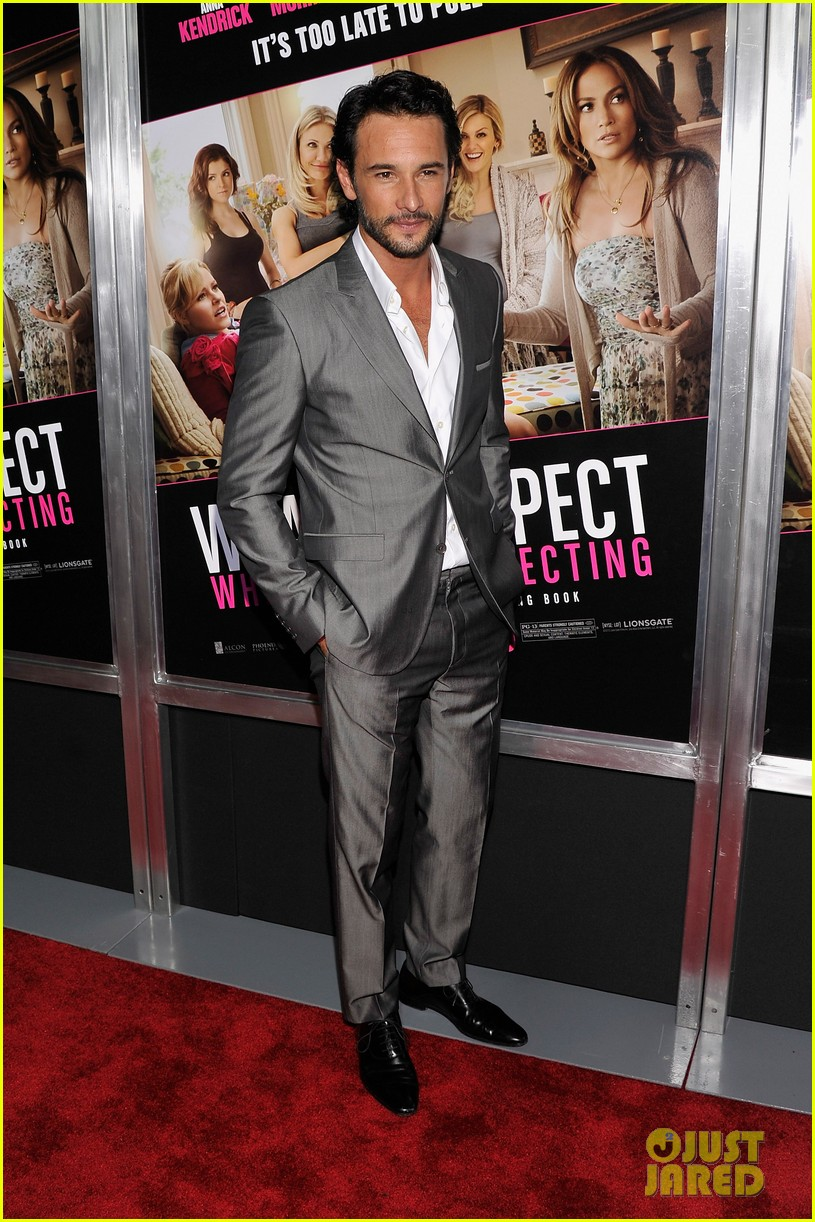 chace crawford rodrigo santoro what to expect screening 022659316