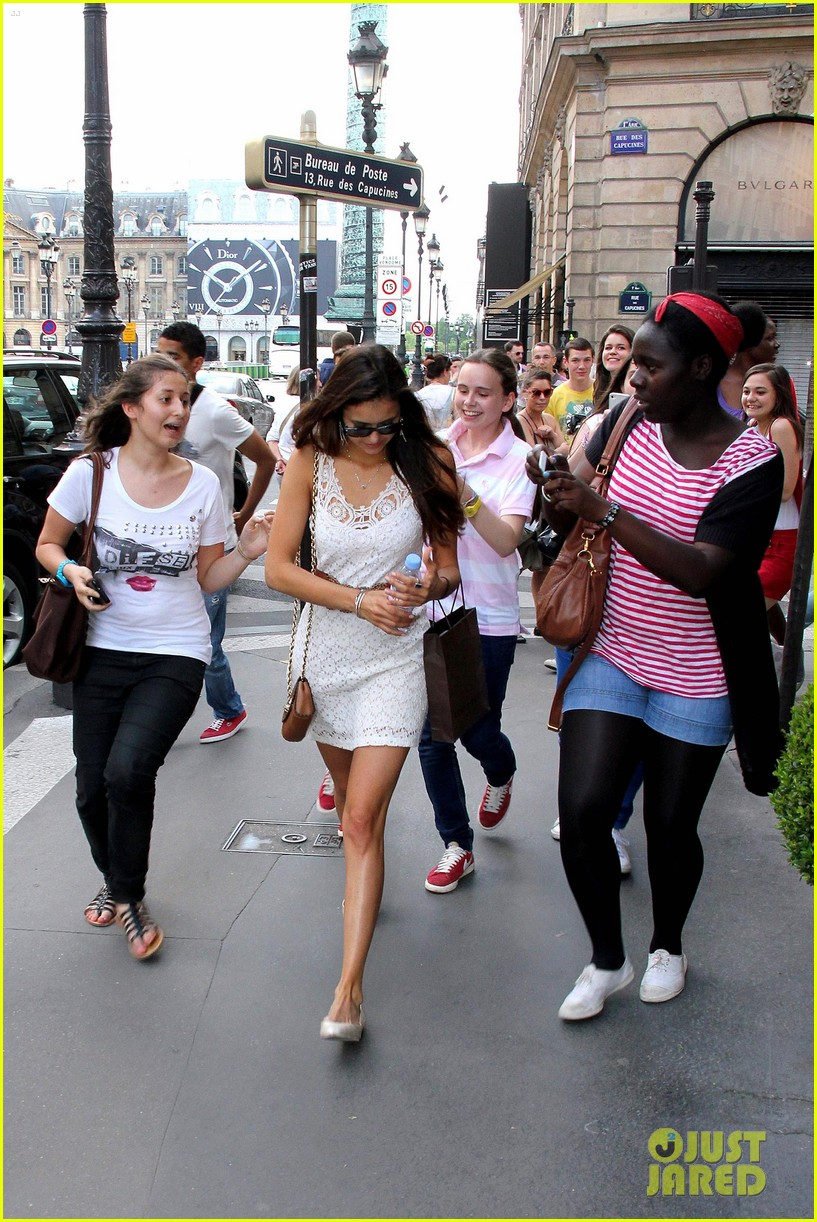 nina dobrev paris shopper 102667627