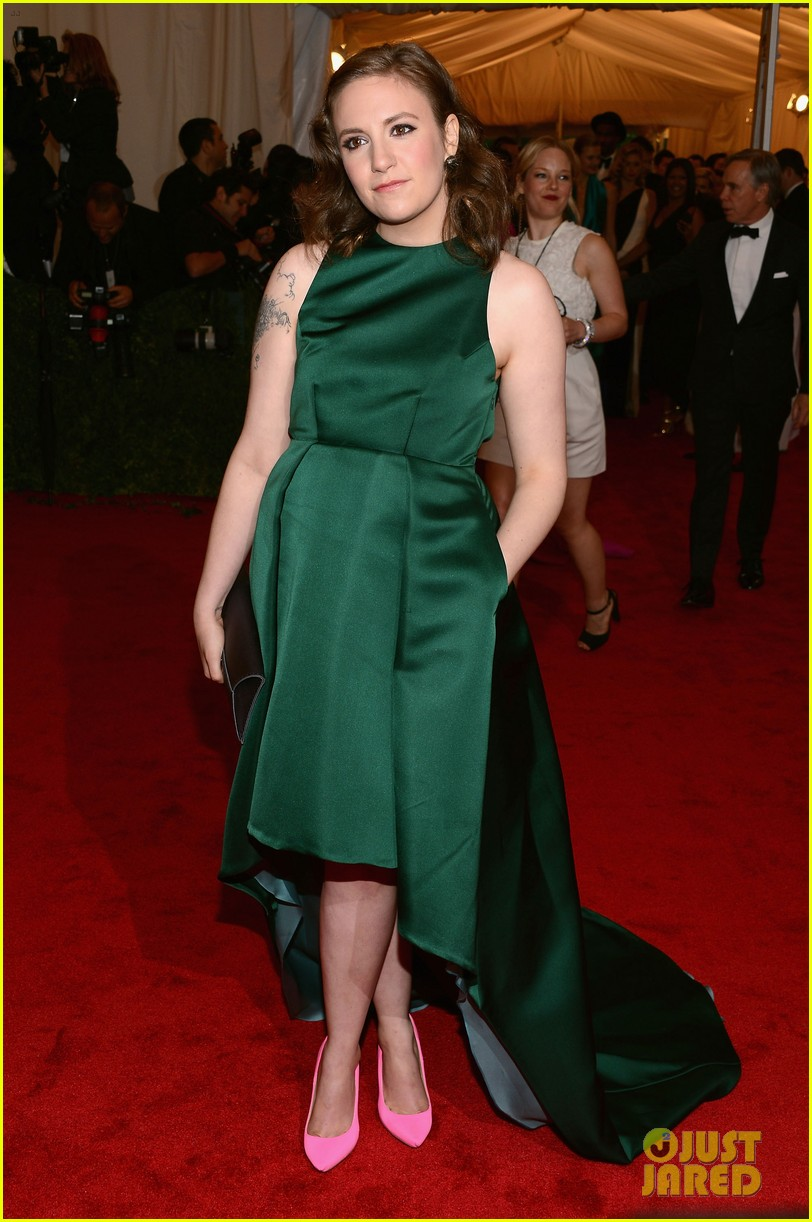lena dunham allison williams girls at met ball 2012 01