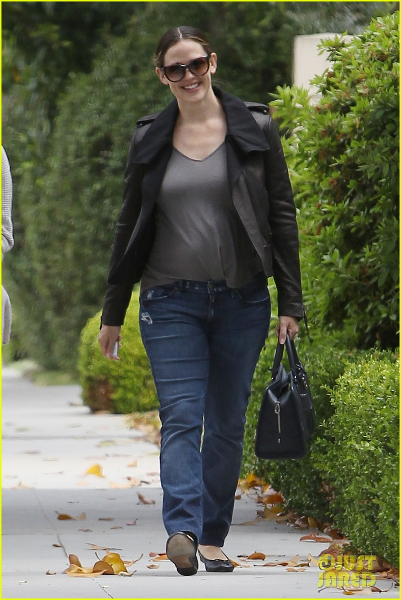 jennifer garner mommy duty 06