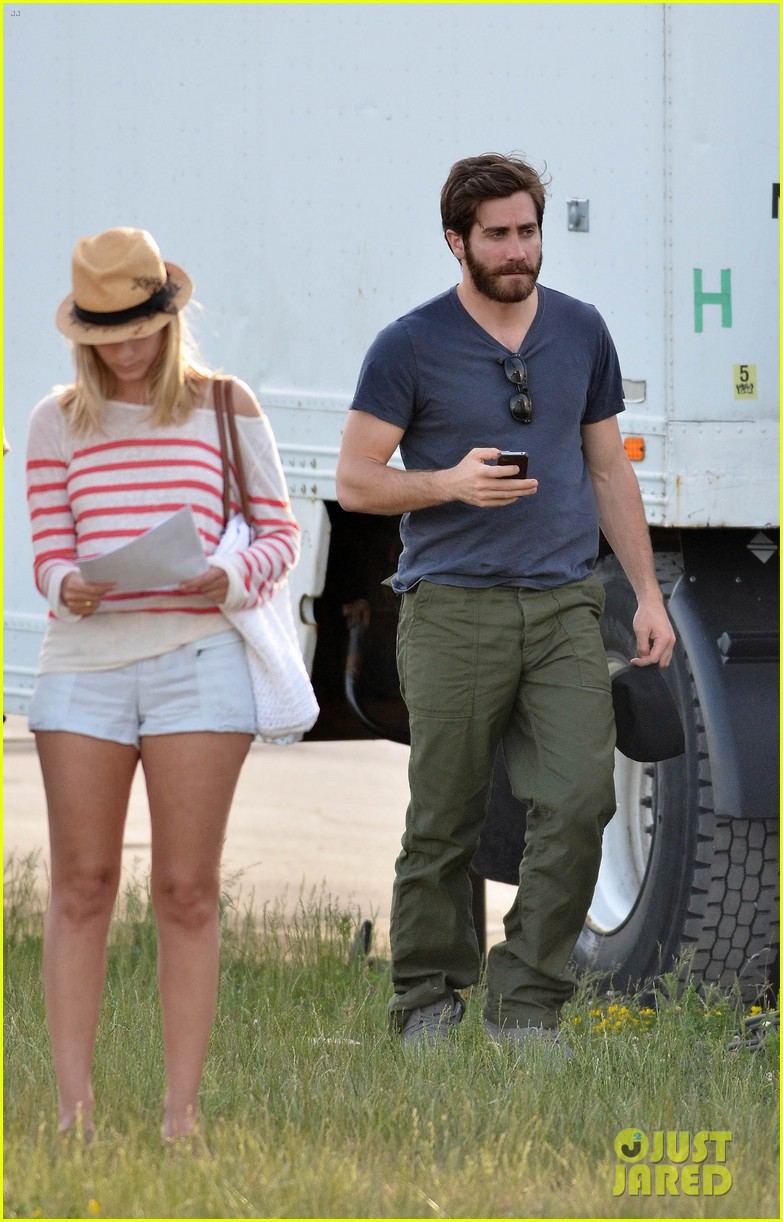 ake gyllenhaal an enemy with melanie laurent 032668319