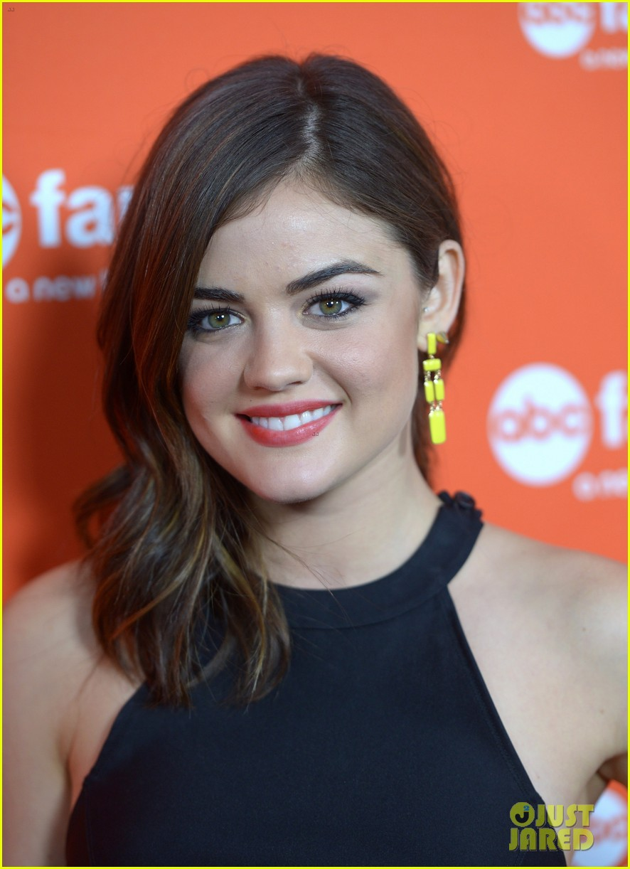 shailene woodley lucy hale abc family upfronts 032656288