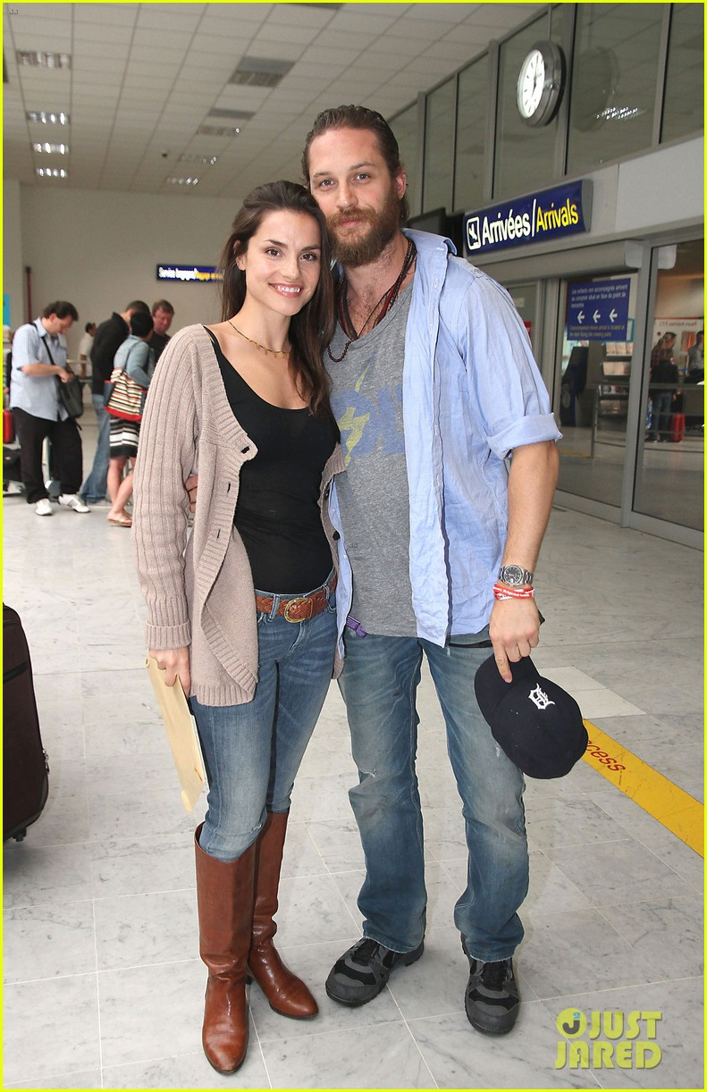 tom hardy charlotte riley cannes couple 04