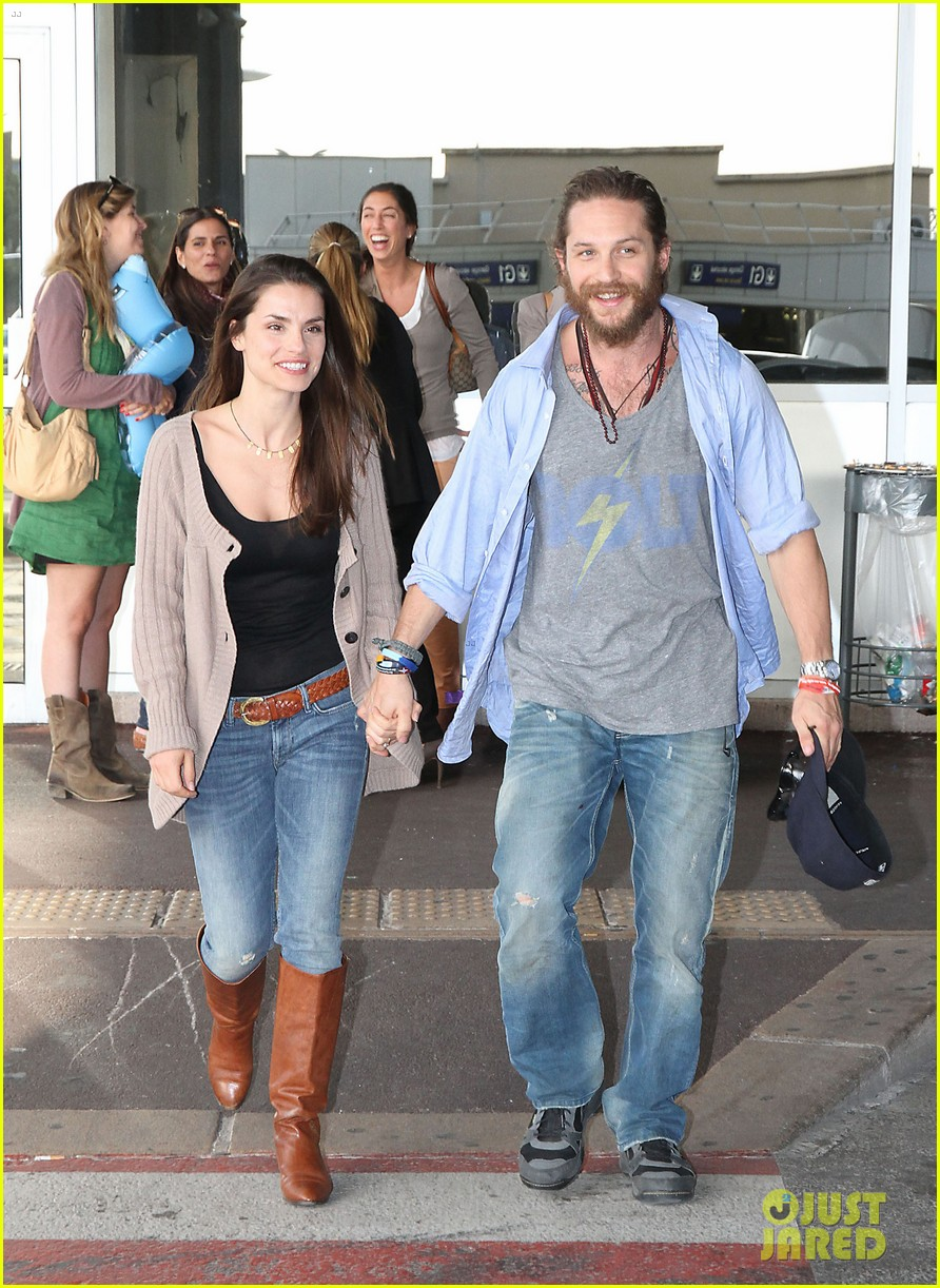 tom hardy charlotte riley cannes couple 05