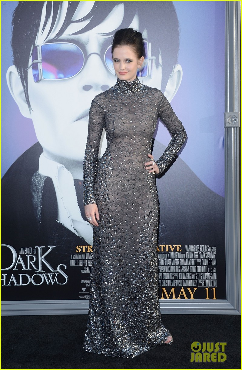 bella heathcote dark shadows 04