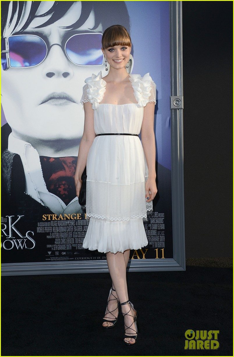 bella heathcote dark shadows 08