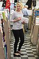 katherine heigl fabric shopping 01