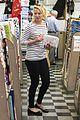 katherine heigl fabric shopping 01