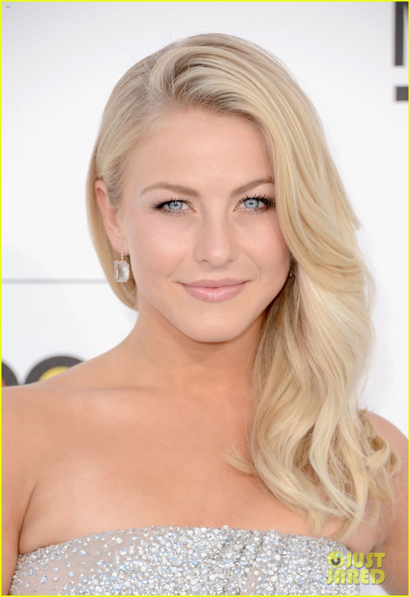 julianne hough billboard music awards 2012 04