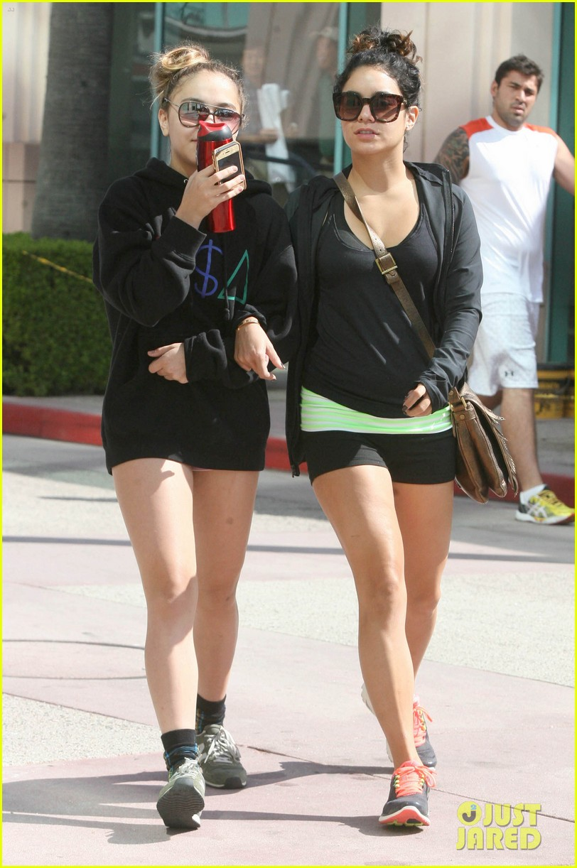 hudgens working out 04