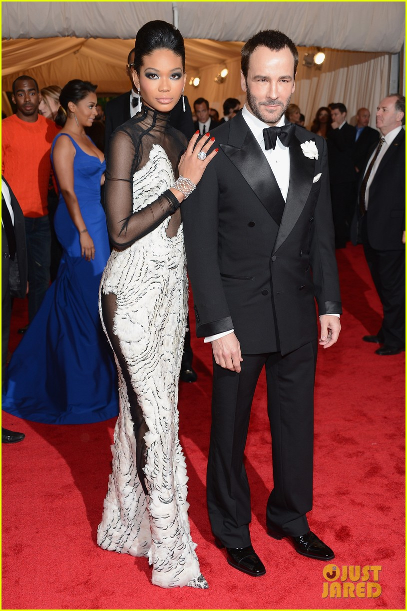 chanel iman candice swanepoel met ball 2012 04