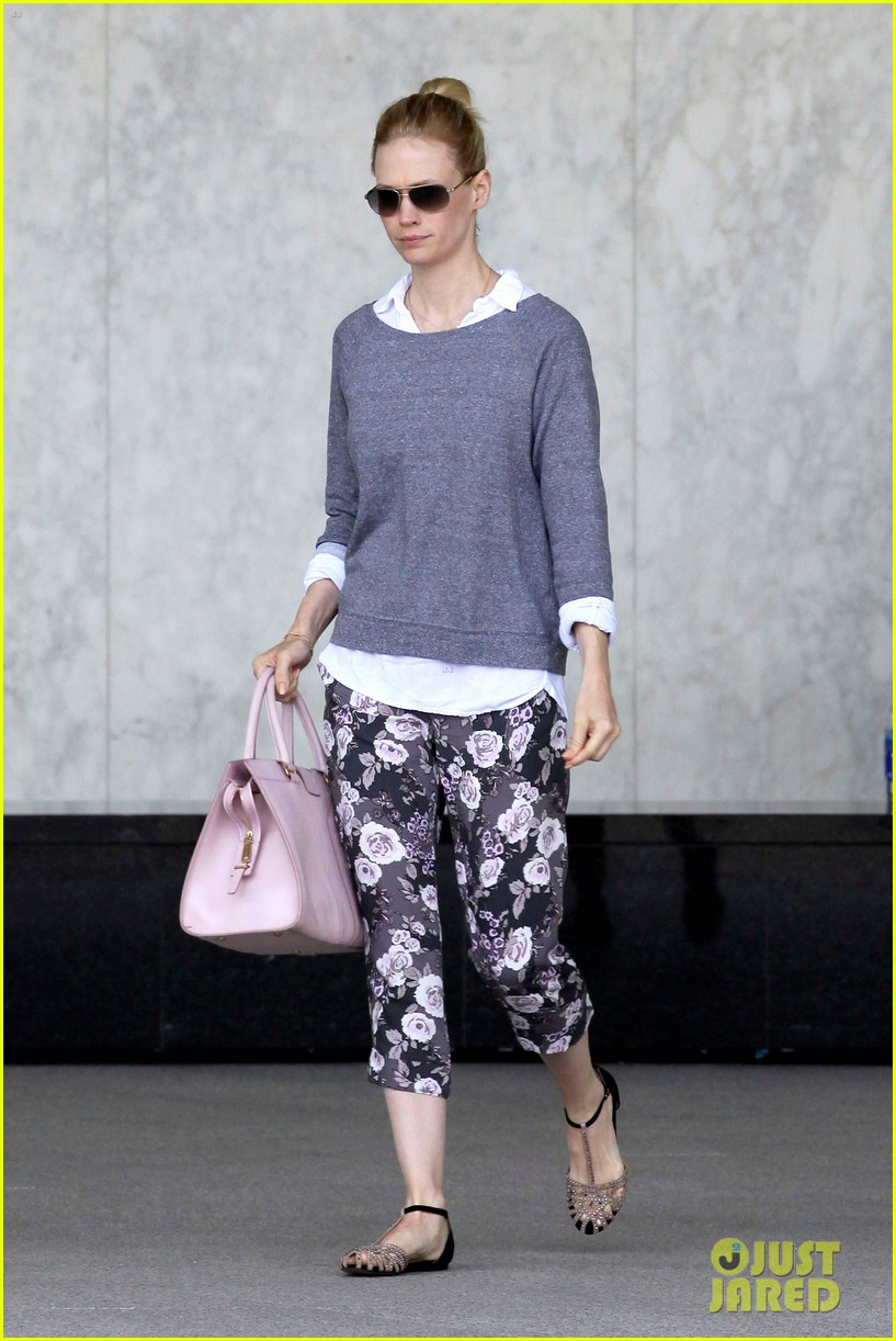 january jones lunch with xander 10