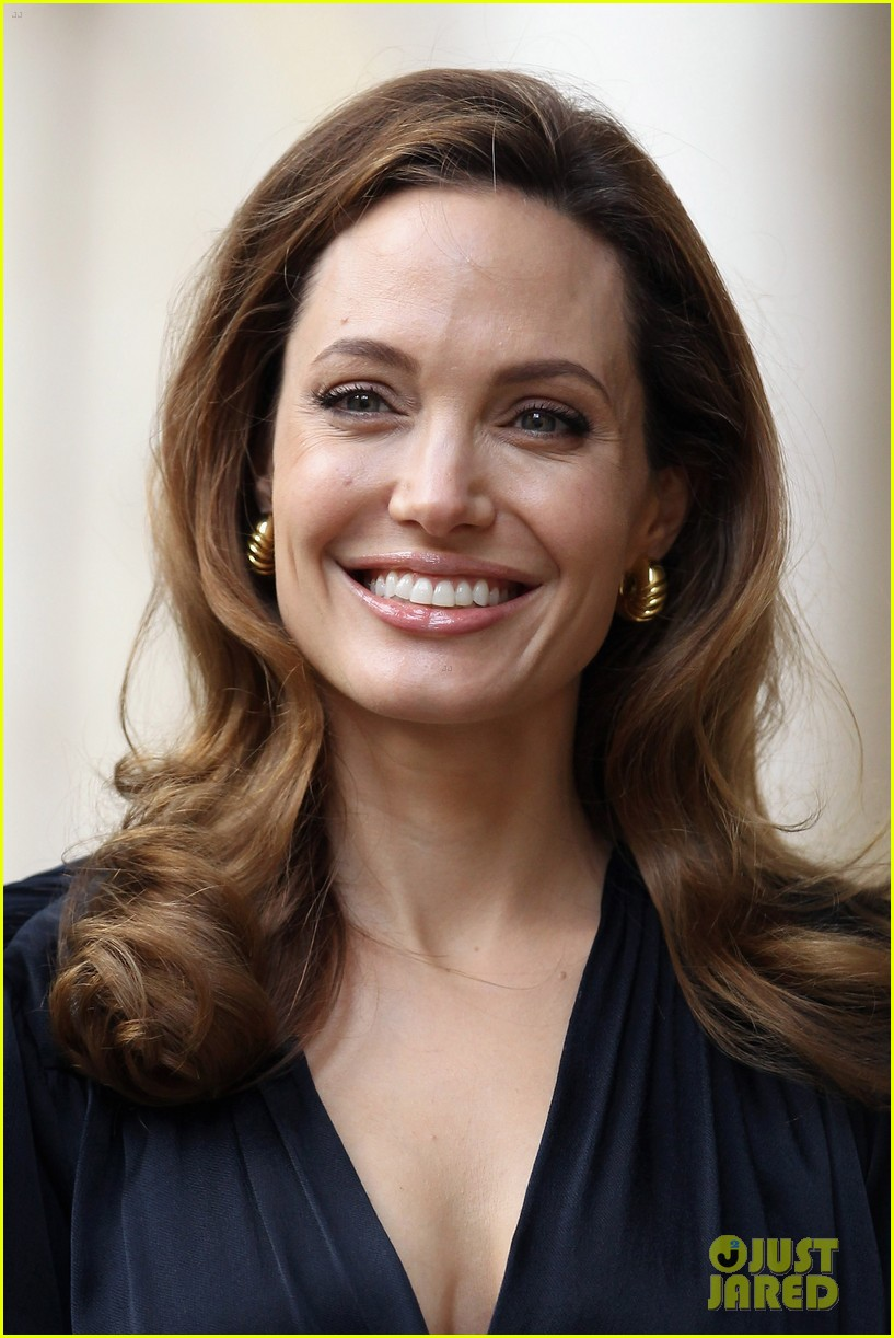 angelina jolie foreign commonwealth office 01