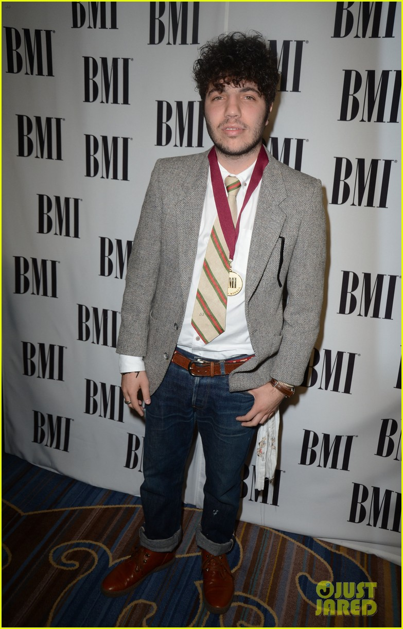 kesha 60th annual bmi pop awards 11