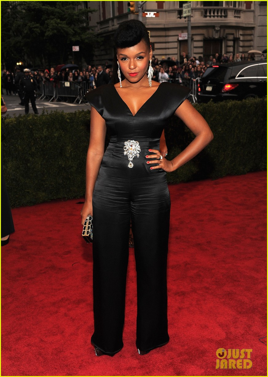 broalicia keys janelle monae 2012 met ball 06