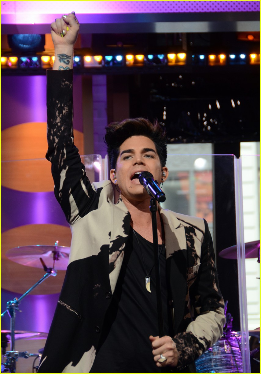adam lambert good morning america 01