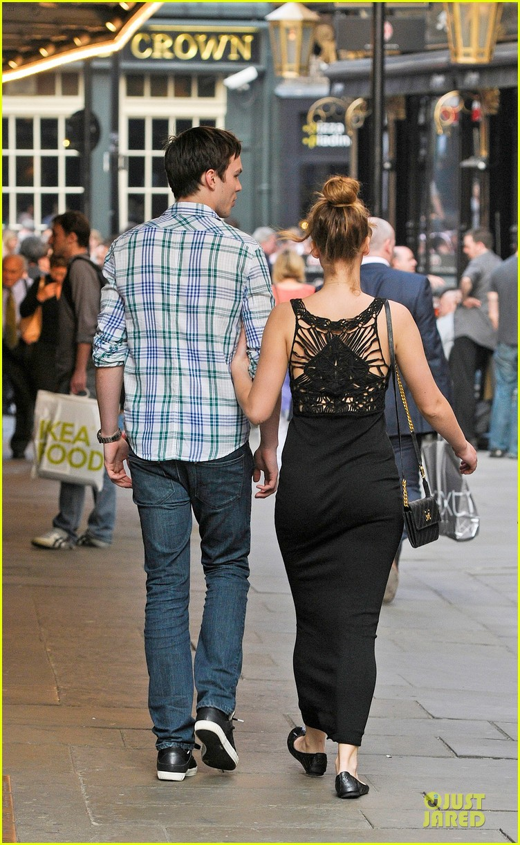 jennifer lawrence nicholas hoult london lovebirds 082666351