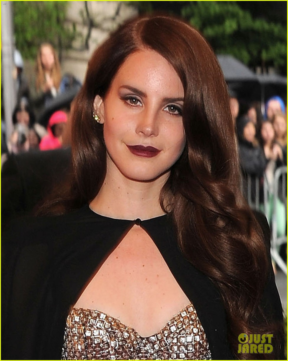 lana del rey met ball 2012 03
