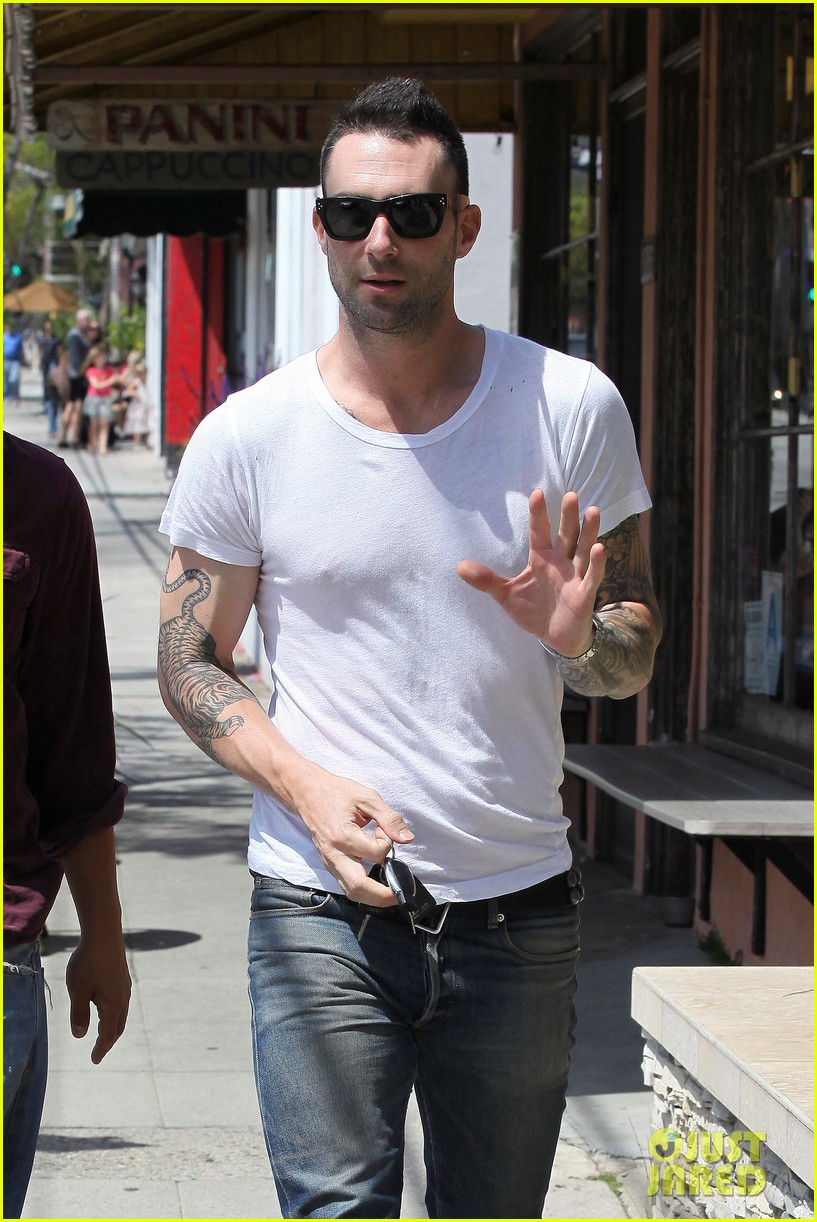 adam levine lunch 07